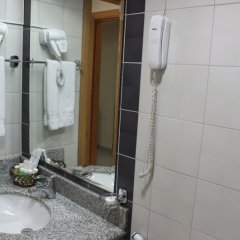 Montreal Naif Hotel ванная фото 2