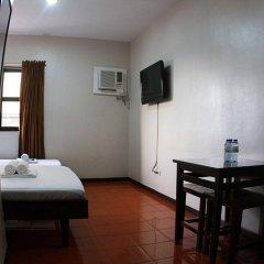 Отель California Филиппины, Лапу-Лапу - отзывы, цены и фото номеров - забронировать отель California онлайн комната для гостей фото 3