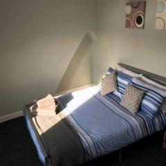 Апартаменты Barlow Place Apartment комната для гостей