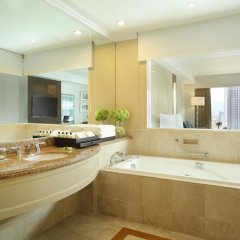 Отель InterContinental Kuala Lumpur Малайзия, Куала-Лумпур - 1 отзыв об отеле, цены и фото номеров - забронировать отель InterContinental Kuala Lumpur онлайн ванная
