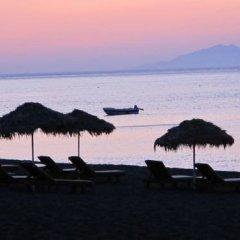 Отель Princess Santorini Villa Греция, Остров Санторини - отзывы, цены и фото номеров - забронировать отель Princess Santorini Villa онлайн пляж