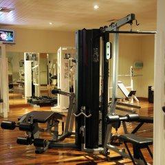 Отель Victoria Beachcomber Resort & Spa фитнесс-зал фото 2