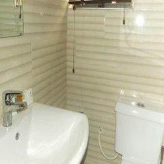 Отель Annes Luxury Suites Ltd ванная
