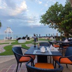 Отель Wora Bura Hua Hin Resort and Spa питание фото 3