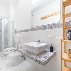 Отель Bed and Book Giusino Италия, Палермо - отзывы, цены и фото номеров - забронировать отель Bed and Book Giusino онлайн ванная
