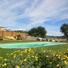 Отель Aldeia da Pedralva бассейн