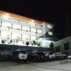 Отель Bihai Manor парковка