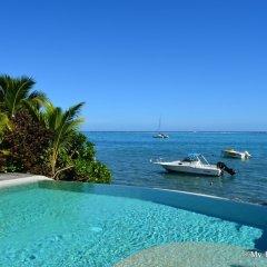 Отель Villa Maere Villa 1 Французская Полинезия, Пунаауиа - отзывы, цены и фото номеров - забронировать отель Villa Maere Villa 1 онлайн бассейн фото 3