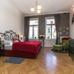 Отель The Old Town Square & Parizska Apartments Чехия, Прага - отзывы, цены и фото номеров - забронировать отель The Old Town Square & Parizska Apartments онлайн комната для гостей фото 3