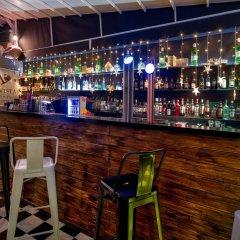 Отель Lotus Inn Греция, Афины - отзывы, цены и фото номеров - забронировать отель Lotus Inn онлайн гостиничный бар