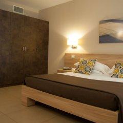 Hotel Dimorae Чивитанова-Марке сейф в номере