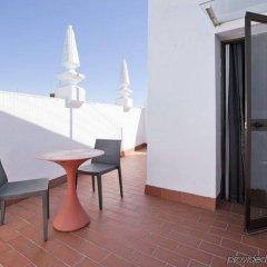 Отель Petit Palace Puerta de Triana балкон