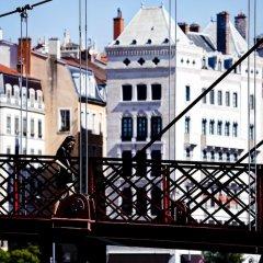 Отель Le Phénix Hôtel Франция, Лион - отзывы, цены и фото номеров - забронировать отель Le Phénix Hôtel онлайн балкон