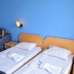 Отель Continental - Happy Land Hotel Болгария, Солнечный берег - отзывы, цены и фото номеров - забронировать отель Continental - Happy Land Hotel онлайн комната для гостей
