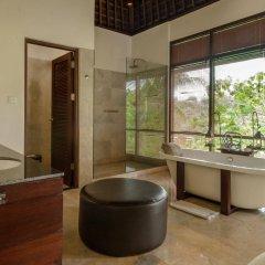 Отель Komaneka at Bisma ванная