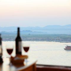 Ayarwaddy River View Hotel фото 3