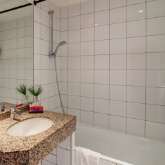 Отель Astra Opera - Astotel Франция, Париж - 3 отзыва об отеле, цены и фото номеров - забронировать отель Astra Opera - Astotel онлайн ванная