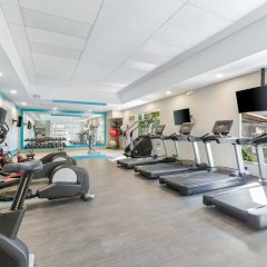 Отель Crowne Plaza San Jose Corobici фитнесс-зал