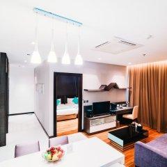 Отель Vertical Suite Бангкок комната для гостей фото 4