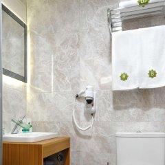Bizim Hotel Турция, Стамбул - 1 отзыв об отеле, цены и фото номеров - забронировать отель Bizim Hotel онлайн ванная