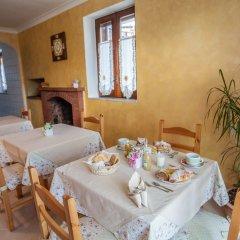 Отель Haidi House Bed and Breakfast Аджерола в номере
