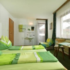 Отель Frühstückspension Sport Mayr комната для гостей фото 2