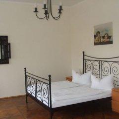 Отель Villa Seraphinum Германия, Дрезден - отзывы, цены и фото номеров - забронировать отель Villa Seraphinum онлайн комната для гостей фото 5