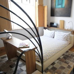 Hotel Una комната для гостей