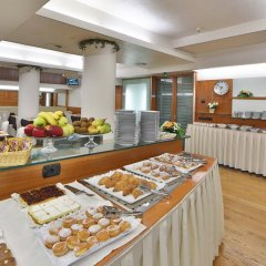 Отель Albergo Roma, Bw Signature Collection Кастельфранко питание фото 2