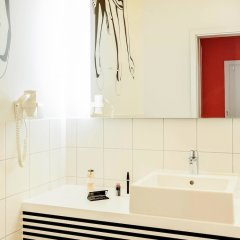 Отель Ibis Styles Wroclaw Centrum Польша, Вроцлав - отзывы, цены и фото номеров - забронировать отель Ibis Styles Wroclaw Centrum онлайн ванная фото 2
