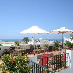 Отель Almadraba Conil Испания, Кониль-де-ла-Фронтера - отзывы, цены и фото номеров - забронировать отель Almadraba Conil онлайн пляж фото 2
