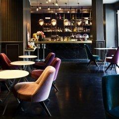 Отель Luxury Hotel Fifty House Италия, Милан - 4 отзыва об отеле, цены и фото номеров - забронировать отель Luxury Hotel Fifty House онлайн гостиничный бар
