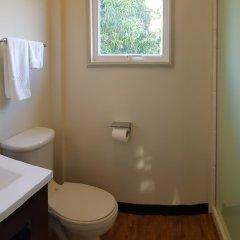 Отель Cara Lodge Гайана, Джорджтаун - отзывы, цены и фото номеров - забронировать отель Cara Lodge онлайн ванная