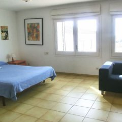 Отель Villa in Blanes - 104831 by MO Rentals Испания, Бланес - отзывы, цены и фото номеров - забронировать отель Villa in Blanes - 104831 by MO Rentals онлайн комната для гостей фото 2