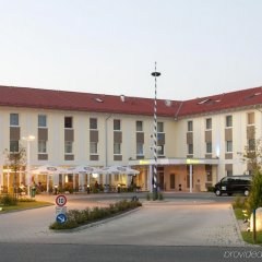 Отель Holiday Inn Express Munich Airport фото 5