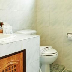 Отель BaanNueng@Kata Таиланд, пляж Ката - 9 отзывов об отеле, цены и фото номеров - забронировать отель BaanNueng@Kata онлайн ванная фото 2