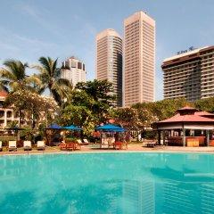 Отель Hilton Colombo Шри-Ланка, Коломбо - отзывы, цены и фото номеров - забронировать отель Hilton Colombo онлайн бассейн
