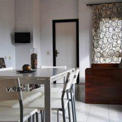 Отель Apartaments AR Monjardí Испания, Льорет-де-Мар - отзывы, цены и фото номеров - забронировать отель Apartaments AR Monjardí онлайн удобства в номере