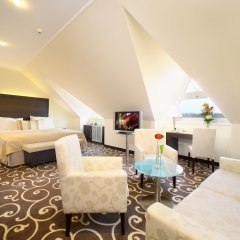 Отель Grand Bohemia Прага комната для гостей