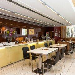 Hotel Ehrlich гостиничный бар