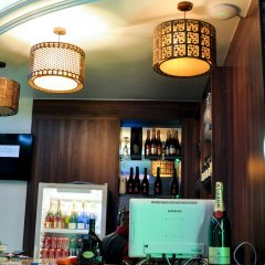 Отель Caledonian Suites гостиничный бар