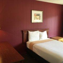 Отель Holiday Lodge США, Лос-Анджелес - отзывы, цены и фото номеров - забронировать отель Holiday Lodge онлайн комната для гостей фото 5