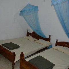 Отель Green Valley Holiday Inn Шри-Ланка, Бандаравела - отзывы, цены и фото номеров - забронировать отель Green Valley Holiday Inn онлайн комната для гостей фото 4
