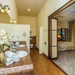Гостиница Невский Форум 4* Стандартный номер с двуспальной кроватью фото 48