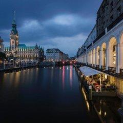 Отель Barcelo Hamburg Германия, Гамбург - 3 отзыва об отеле, цены и фото номеров - забронировать отель Barcelo Hamburg онлайн приотельная территория