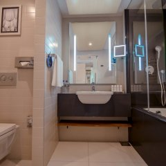 Radisson, Роза Хутор (Radisson Hotel, Rosa Khutor) ванная фото 3