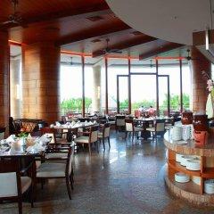 Отель Grand Soluxe Hotel & Resort, Sanya Китай, Санья - отзывы, цены и фото номеров - забронировать отель Grand Soluxe Hotel & Resort, Sanya онлайн питание фото 3