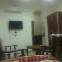 Отель Jasmine leaves furnished apartments Иордания, Амман - отзывы, цены и фото номеров - забронировать отель Jasmine leaves furnished apartments онлайн комната для гостей фото 4