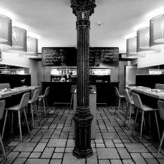 Отель Arthotel Blaue Gans гостиничный бар