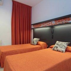 Отель Hostal Benidorm комната для гостей